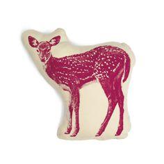 可愛いバンビのプリントクッション - マゼンタ | Monoco Bambi, Deer Pillow, Plush Pillow, Pillow Cases, Modern Throw Pillows, Decorative Pillows, Textiles, Oh Deer, Baby Deer