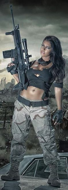 cool halloween costume....tomb raider meets resident evil almost...
