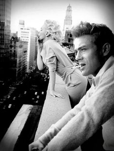 Marilyn Monroe and James Dean at the balcony of Hotel Chelsea, New York. (1954)