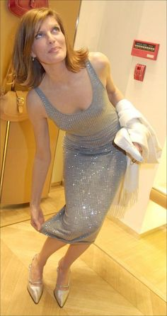 Rene Russo - Shopping Candids Rene Russo, Star Wars, Magazine Images, Prom Dresses, Formal Dresses, Aging Gracefully, Celebs, Celebrities, Bikini Bodies
