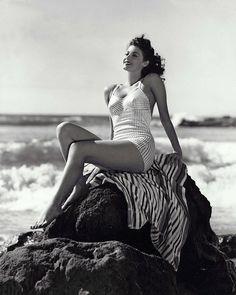 Ava Gardner #vintage #beach #swim www.varaldocosmetica.it/en : the extra virgin olive oil cosmetics from the italian riviera!