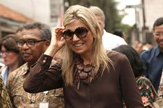On the second day of Queen Maxima's visit to Indonesia, the Queen visited Bogor…