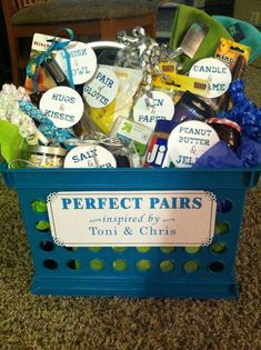 Unique bridal shower gifts - How to Make Creative Wedding Gift Baskets for Bride and Groom – Unique bridal shower gifts Bridal Shower Baskets, Bridal Shower Presents, Bridal Shower Prizes, Bridal Shower Gifts For Bride, Wedding Gift Baskets, Bride Gifts, Bridal Showers, Anniversary Gift Baskets, Engagement Gift Baskets