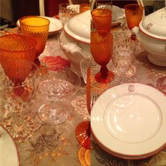 orange mood... Saint Ouen, Tables, Mood, Orange, Kitchen, Mesas, Cooking, Kitchens, Cuisine