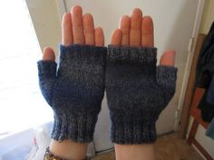 Knitted Finished Objects: Fingerless Gloves
