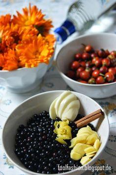selbstgemachtes Erkältungsmittel, Hagebutte, Ringelblume, Holunderbeeren
