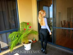 http://hollygolightlyxox.blogspot.com.au/2017/02/latest-trends-knee-high-boots-my-top.html