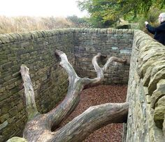 I have several of Andy Goldsworthy's books but had never seen any of his work in real life so was thrilled to realize he had some pieces in. Art Installations, Installation Art, Rivers And Tides, Yorkshire Sculpture Park, Ephemeral Art, Andy Goldsworthy, Watercolor Sketch, Environmental Art, Garden Art