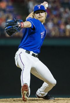 Texas Rangers relief pitcher Jake Diekman (41) pitches during the eighth inning of their game against the Cincinnati Reds on Wednesday, June 22, 2016 Globe Life Park in Arlington, Texas. The Rangers won 6-4. (Ashley Landis/The Dallas Morning News)