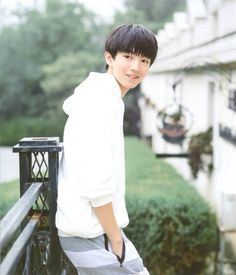 ทำไมต้องน่ารัก ><' จุนไค Wang Junkai