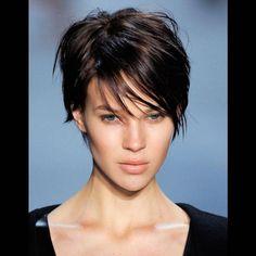 Coupe de cheveux courte pour femme été 2016