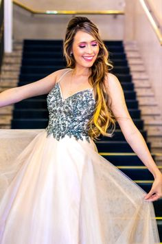 Makeup & Hairstyling in Wien Fashion Catalogue, Hair Makeup, Hairstyle, Prom, Photoshoot, Formal Dresses, Beauty, Hair Job, Senior Prom