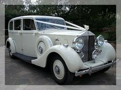 Must have this Old Rolls-Royce for the wedding in this color
