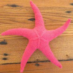 Seamless Knit Starfish   AllFreeKnitting.com
