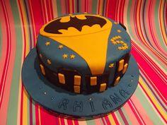 Batman cake and superhero cupcakes
