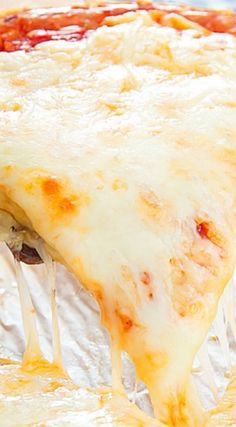 Flourless Cheese Crust Pizza