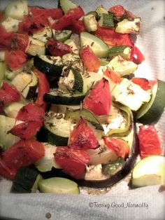 En ce moment, j'ai une passion pour les aubergines et légumes rôtis (courgettes, tomates, poivrons,oignons) au four (avec ou sans matière grasse).