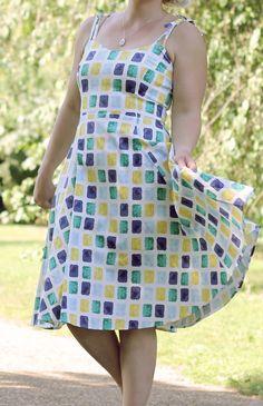 50s Style Full Skirt Summer Dress