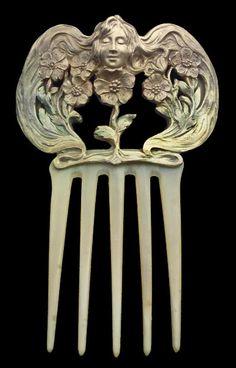Art Nouveau Comb