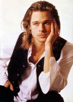 Brad Pitt, Legends of the Fall. Ah, when Brad Pitt had prettier hair than any woman alive. Brad And Angelina, Angelina Jolie, Most Beautiful Man, Gorgeous Men, Long Vs Short Hair, Brad Pitt Images, Bratt Pitt, Jolie Pitt, Kris Kristofferson
