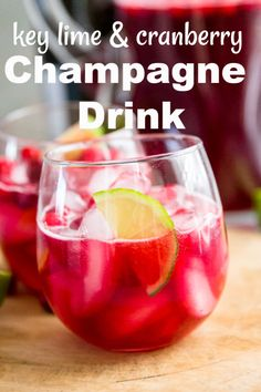 This champagne drink is tangy and tart with a subtle, sweetness. This is a fun and festive cocktail that is addicting and delicious! Hot Fudge Cake, Hot Chocolate Fudge, Sangria Recipes, Cocktail Recipes, Drink Recipes, Cranberry Recipes, Dessert Recipes, Winter Desserts, Party Desserts