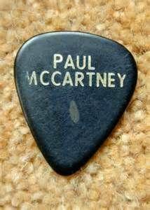 Guitar Picks Used by Artist - Bing Images