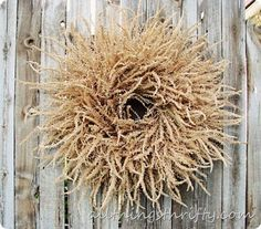 The cutest fall wreath that costs $1.00 or less!