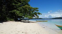 """this is mawirin """"local people has called"""".. exotic beach.. white sands.. good views.. best for swim and vacation journey. #mawirin #mamborvillage #nabire"""