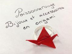 bague réglable grue rouge en origami : Bague par poissonnerouge