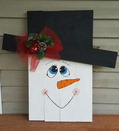 Reversible Scarecrow/Snowman Pallet Board by Cobbygoose on Etsy