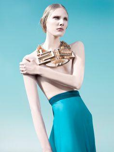 Heaven Tanudiredja - incredible geometric inspired gold collar