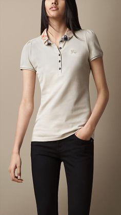 Explore all women's clothing from Burberry including dresses, tailoring, casual separates and more in both seasonal and runway designs Polo Shirt Outfit Women's, Polo Shirt Women, T Shirts For Women, Clothes For Women, Preppy Dresses, Ralph Lauren, College Fashion, Sports Shirts, Men's T Shirts