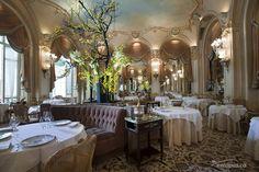 Ritz Paris - The Espadon restaurant The Ritz Paris has closed its doors for a two year renovation 2014 Hotel Paris, Paris Hotels, Palaces, Centro Fitness, The Ritz Paris, Paris Paris, Luxury Bar, Luxury Hotels, O Portal