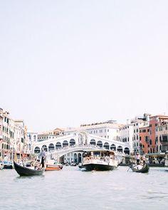 WEDDING PHOTOGRAPHERS IN ITALY в Instagram: «When you can't wait to seeing Venice again 🥰 photo @kirandiraphotography film lab @lighthousefilmlab» Elopements, Venice, Photographers, Lab, Italy, Film, Wedding, Instagram, Italia