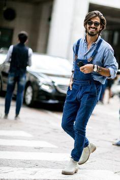 Milan Men's Fashion Week, Mens Fashion Week, Cool Street Fashion, Women's Fashion, Looks Camisa Jeans, Mode Cool, Blue Denim Shirt, Denim Overalls, Men's Dungarees