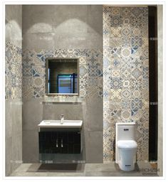 To create a shower area that fits perfectly to your bathroom, install a receiver first. This essential element of the bathroom is posed with the help of a professional but can also be set up by an individual. Washroom Design, Bathroom Design Luxury, Bathroom Design Small, Bathroom Spa, Bathroom Faucets, Modern Bathroom, Bathroom Black, Bathroom Wallpaper Trends, Bath Tiles