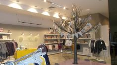 willow Display, Shopping, Floor Space, Billboard