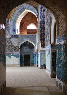 https://flic.kr/p/8ZvrZC | IMG_4139 | Tabriz, the blue mosque