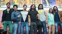 Pooja Sharma, Lord Krishna Wallpapers, The Mahabharata, Hair Puff, Shaheer Sheikh, Cute Love Cartoons, Radha Krishna Pictures, Actor Photo, Star Cast
