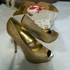 New: Gold dusted, magic, and fun heels High heels for one of those dresses maybe? no supernatural experience wearing or buying guaranteed, but pristine sparkle high heels available:) needed a nine in these, sometimes wear an 8 1/2 so bought them without much time to check them out. Another box bit it in storage, shoes are still good. Jacqueline Ferrar Shoes Heels