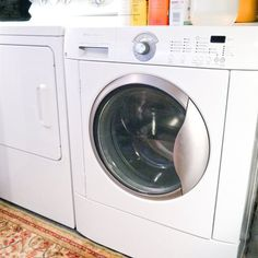 How to clean your front load washing machine. I wish I knew how much of a pain these washing machines were before we bought one. Household Cleaning Tips, House Cleaning Tips, Spring Cleaning, Cleaning Hacks, Cleaning Supplies, Popsugar, Clean Your Washing Machine, Washing Machines, Front Load Washer