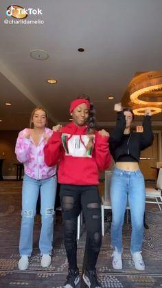 Dance Workout Videos, Dance Choreography Videos, Dance Music Videos, Gym Workout Tips, Butt Workout, Charlie Video, Black Dancers, Funny Black Memes, Tic Tok