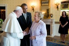 Missed this one the other day: President Obama introducing Pope Francis to Ethel Kennedy -->  Pic via @TheObamaDiary