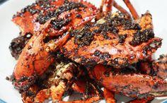 BAGI penyuka kepiting, mesti mencoba menu kepiting di Kedaiku Kepiting. Tidak perlu repot datang, cukup telepon, makanan kesukaan pun diantar.