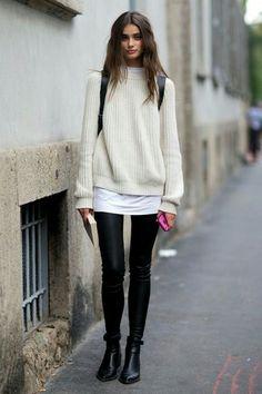 Vamos con una combinación perfecta para nuestros #look otoñales: #jersey #oversize y #leggins efecto cuero.