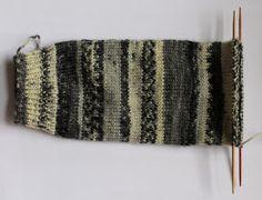 Siona: 005.- Patrón de calcetines con 5 agujas (gratis) Labor, Leg Warmers, Knitted Hats, Socks, Legs, Knitting, Fashion, Knit Socks, Molde
