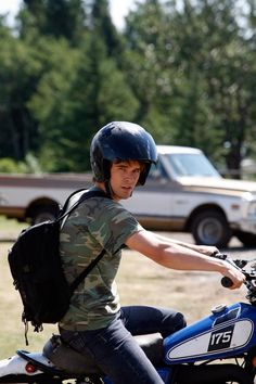 An oldie, but a goodie. Ty Borden on his Yamaha dirt bike. This motorcycle was retired after Season Heartland Actors, Heartland Quotes, Heartland Tv Show, Heartland Seasons, Spencer Twin, Ty Et Amy, Ty Borden, Graham Wardle, New Tv Series