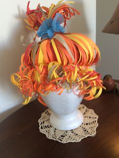 Ginger wig finished. Paper Art, Paper Crafts, Diy Crafts, Zombie Makeup Easy, Old Lady Costume, Mad Hatter Costumes, Crazy Hat Day, Silly Hats, Paper Clothes