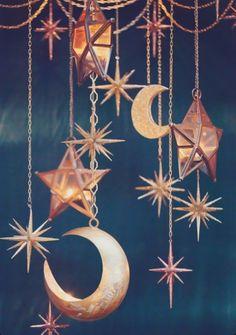 Moons + Stars deco