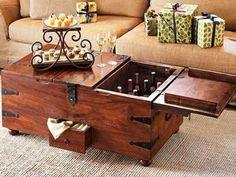 """Table basse - bar à vin pirate poitrine """"Trésors du vieux pirate"""" : Meubles et rangements par vladmartinfurniture"""